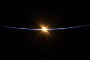 NASA опубликовало лучшие фото исторической миссии SpaceX