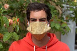 Во Франции появились защитные маски из конопли