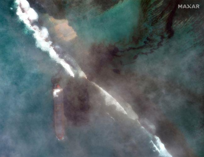 разлив нефти Маврики
