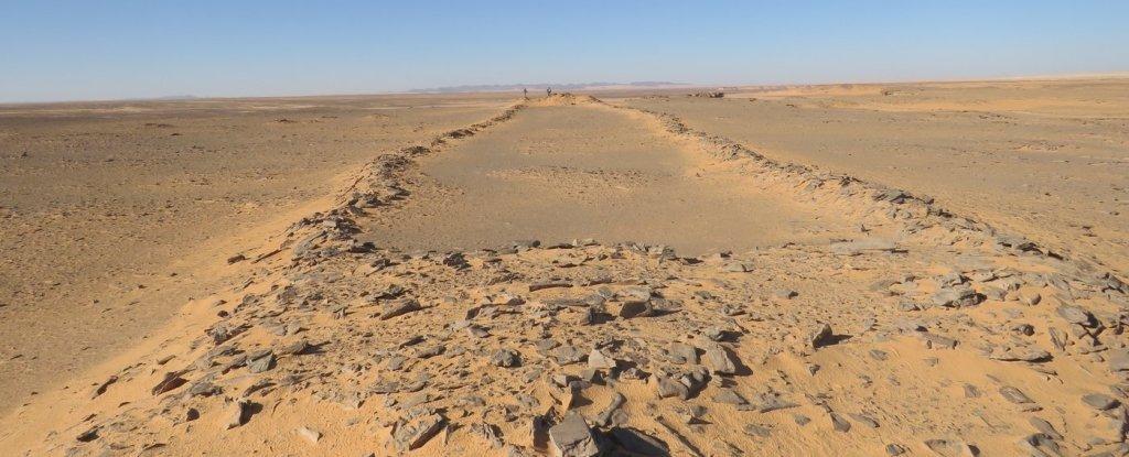 Археологи ломают голову над загадочными каменными структурами в Саудовской Аравии.Вокруг Света. Украина