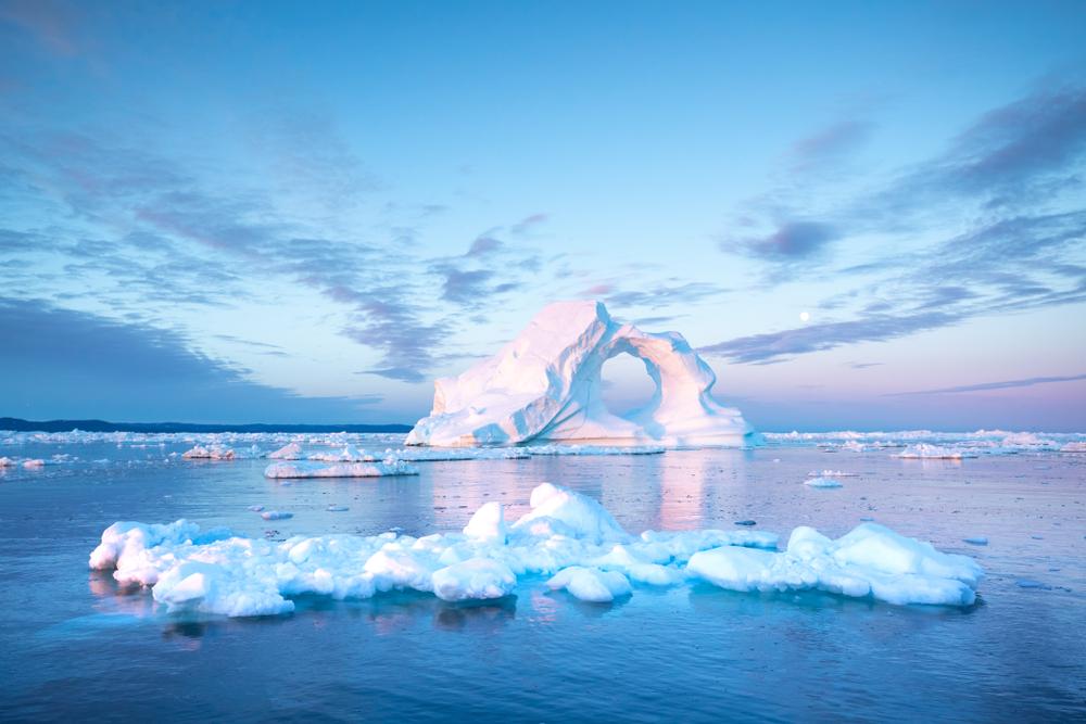 Прежний рекорд потери льда в Гренландии побит на 15%