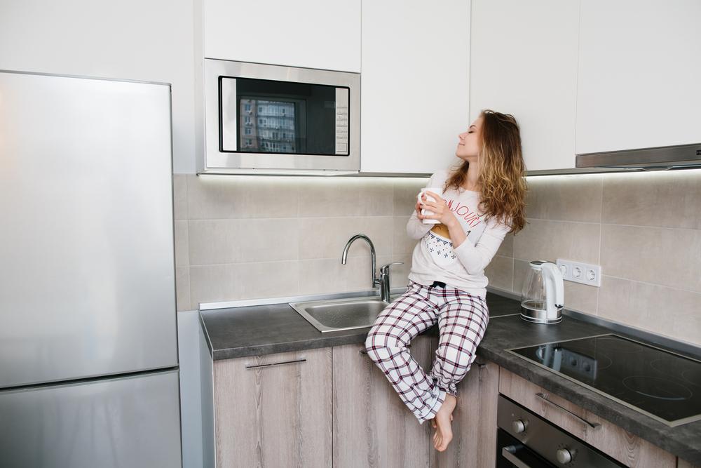 Почему водой из микроволновки нельзя нормально заварить чай