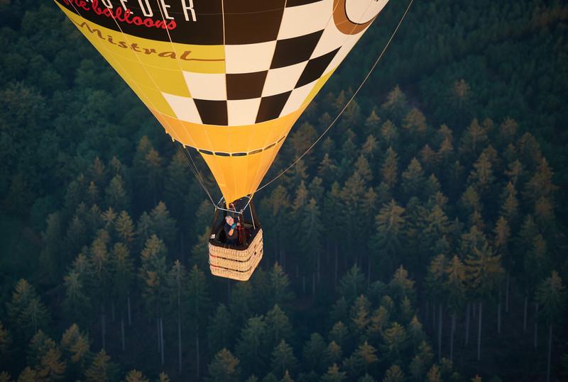 В Германии упал воздушный шар: погиб пилот