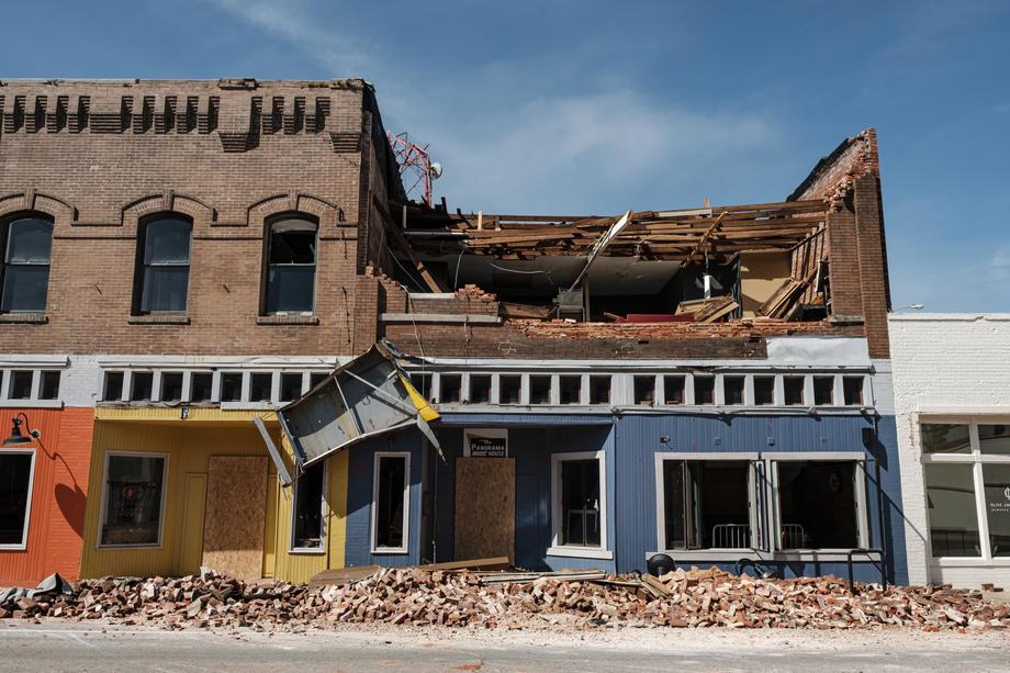 На США обрушился смертоносный ураган Лаура.Вокруг Света. Украина