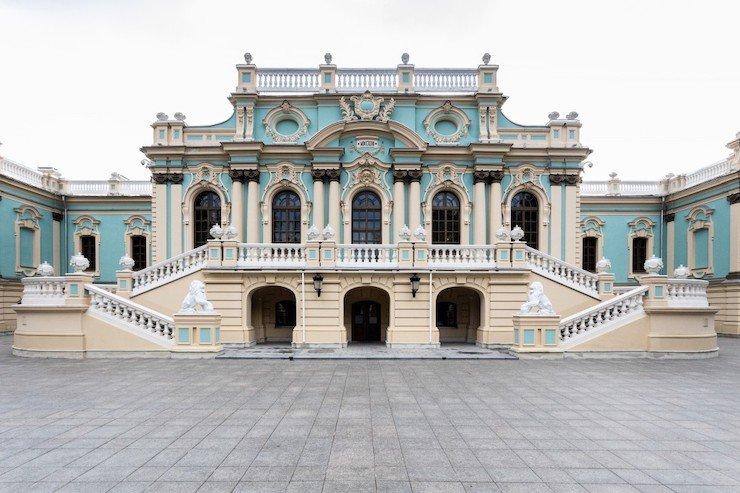 Мариинский дворец открывают для экскурсий