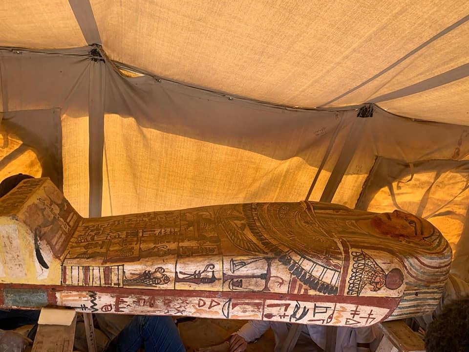 Египетские археологи обнаружили 27 древних саркофагов