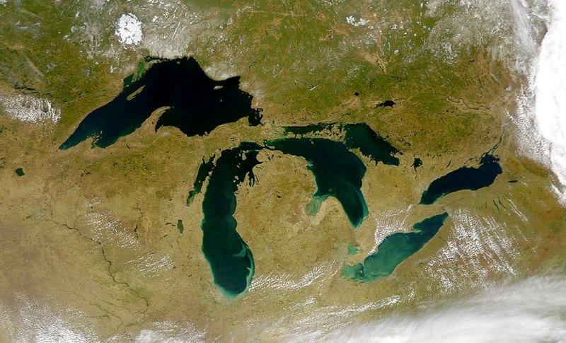 Объем ледниковых озер увеличился на 50 процентов всего за 30 лет