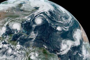 У метеорологов закончились названия для атлантических ураганов