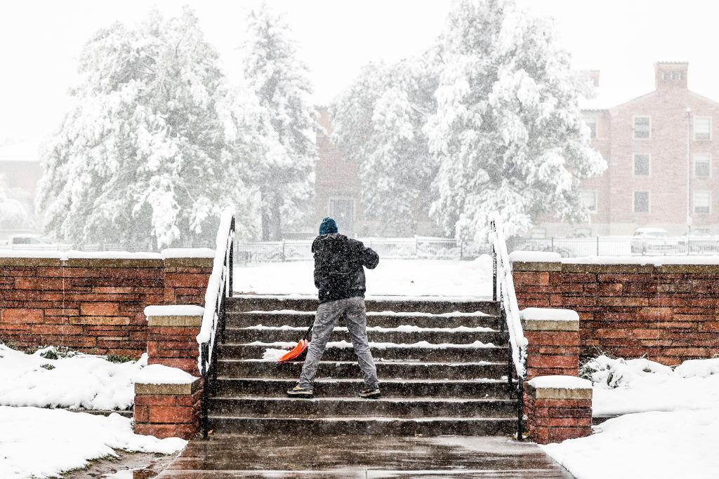 Рекордно ранее похолодание: в США выпало 43 сантиметра снега.Вокруг Света. Украина