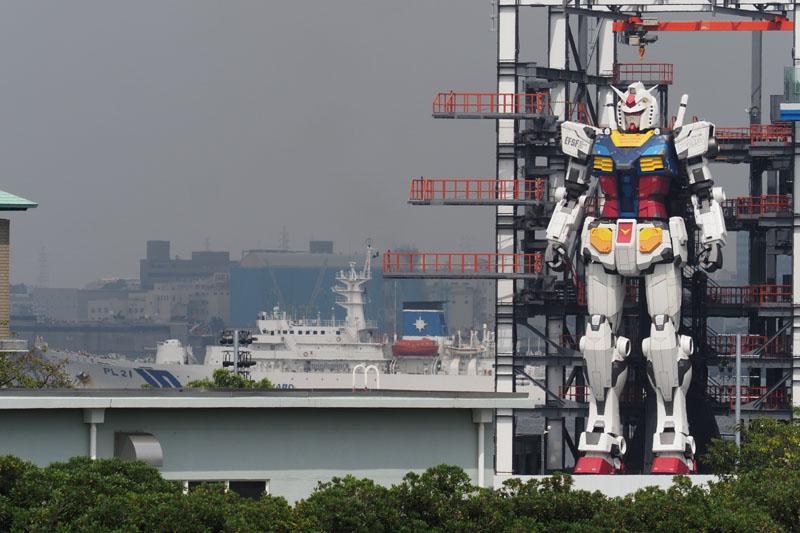В Японии протестировали 18-метрового робота