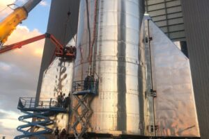 SpaceX впервые запустят супертяжелый Starship в стратосферу