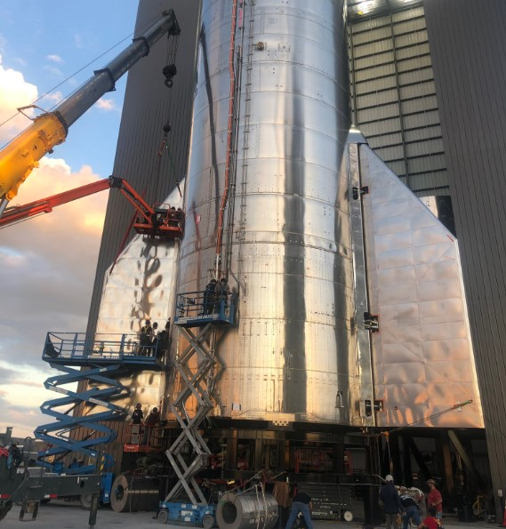 SpaceX впервые запустят супертяжелый Starship в стратосферу.Вокруг Света. Украина