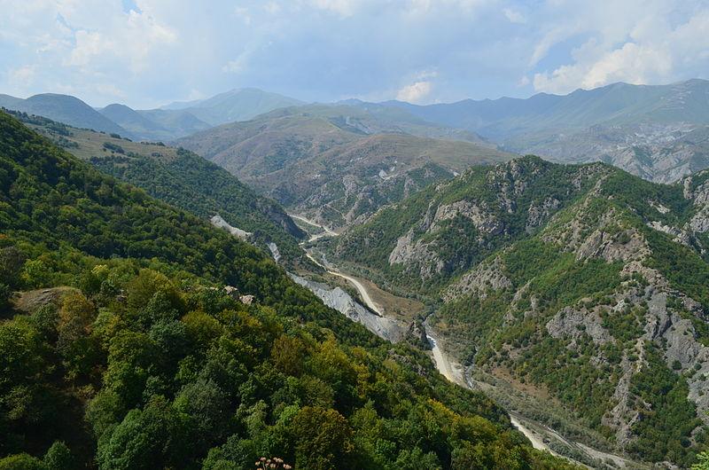 Конфликт в Нагорном Карабахе: что делать украинским туристам.Вокруг Света. Украина