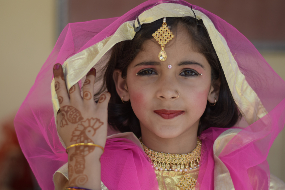 Из-за карантина в мире выросло число детских браков.Вокруг Света. Украина