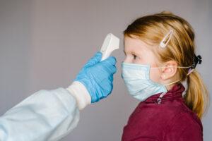 Дети и коронавирус: вирусологи обнаружили парадокс
