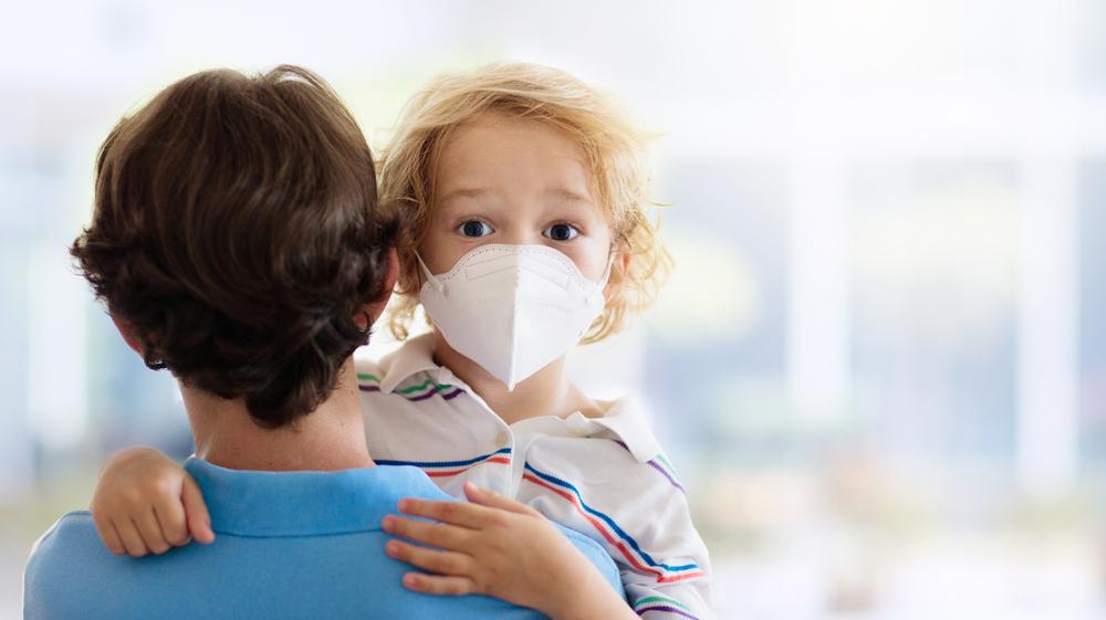 В Канаде отменили авиарейс из-за детей без маски