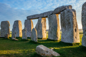 Камни Стоунхенджа оказались гигантскими колонками