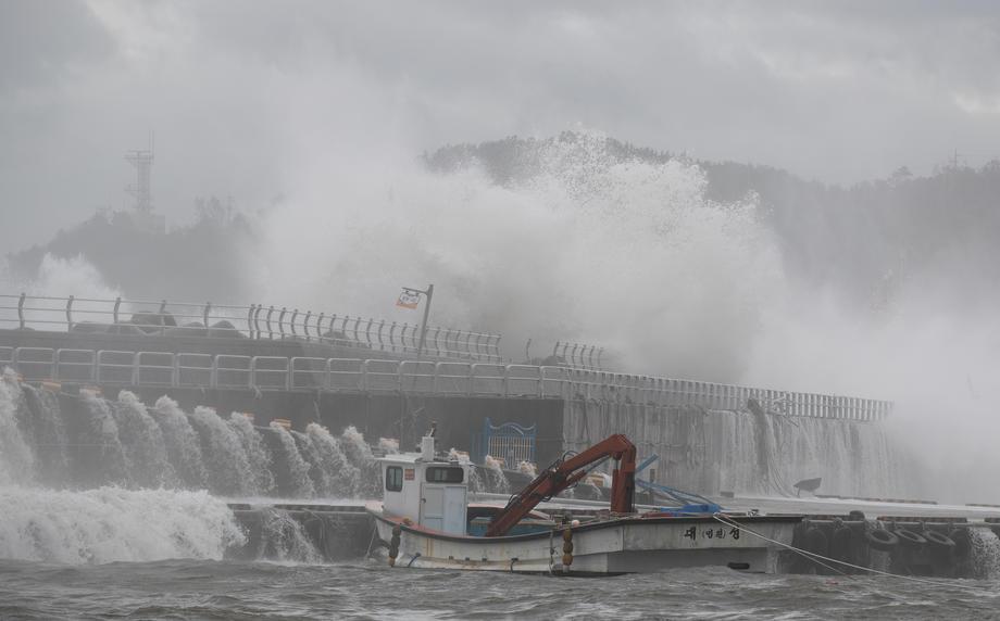 На Японию и Южную Корею обрушился тайфун Хайшен