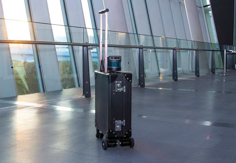 В Японии изобрели чемодан, который видит.Вокруг Света. Украина