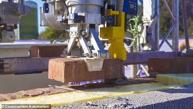 Первый дом, построенный роботом, появится в Великобритании.Вокруг Света. Украина