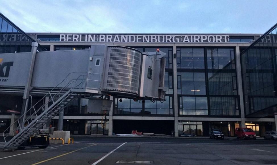 В Берлине открывается новый аэропорт, который станет единственным