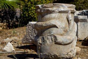 В Турции нашли останки двух необычных культовых сооружений