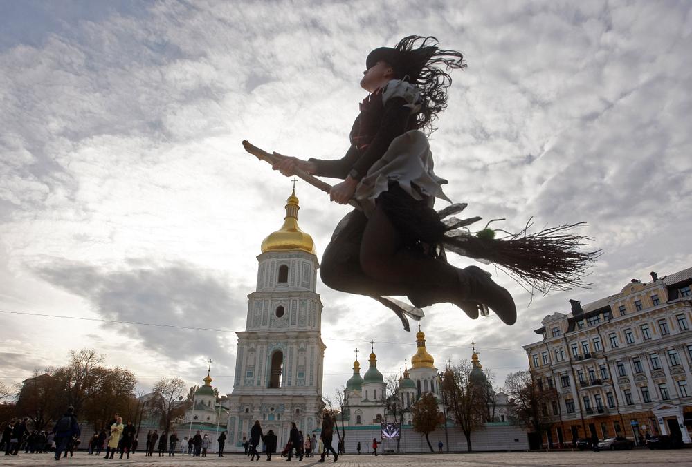 Семь фото-зон в Киеве на Хэллоуин.Вокруг Света. Украина