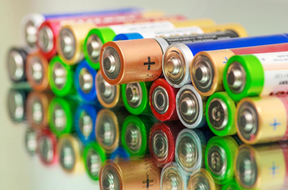 Почему батарейки нужно утилизировать?.Вокруг Света. Украина