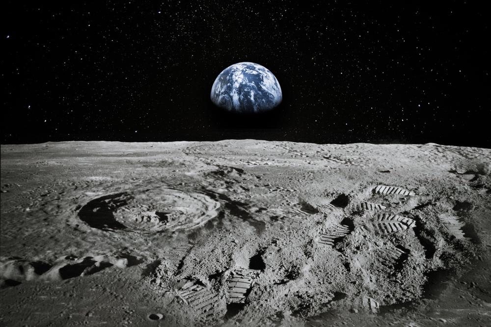 NASA запретило ругаться на Луне