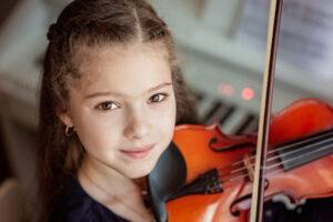 Занятия музыкой улучшают память и внимательность детей