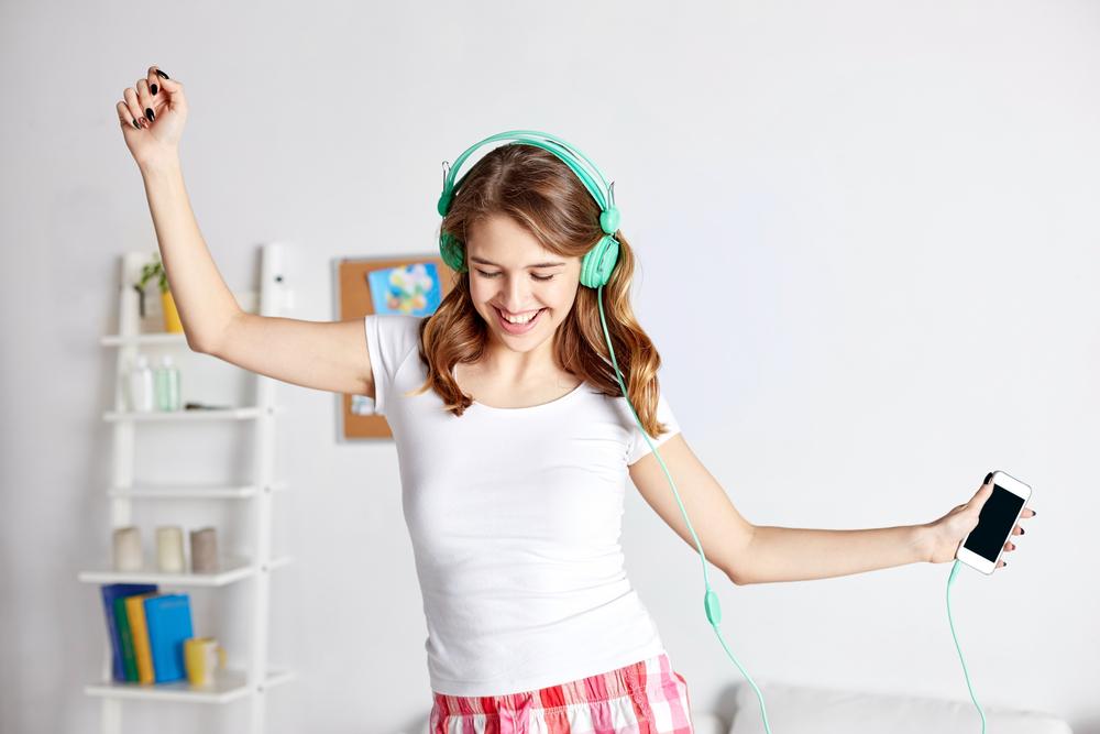 Google добавил новую функцию: можно найти песню, напев ее