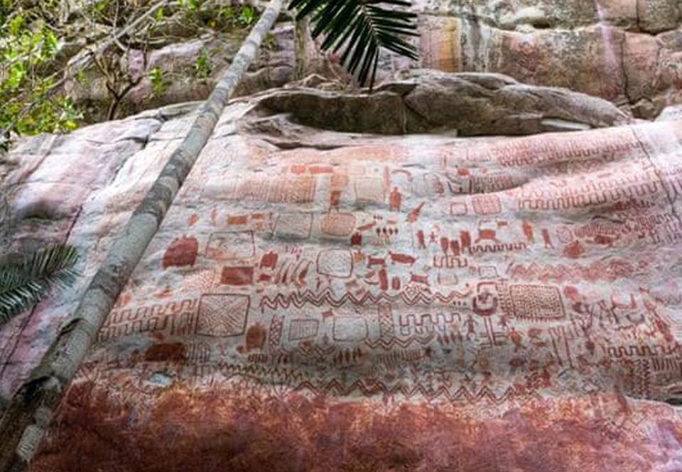В джунглях Амазонки обнаружили 13 километров наскальных рисунков.Вокруг Света. Украина