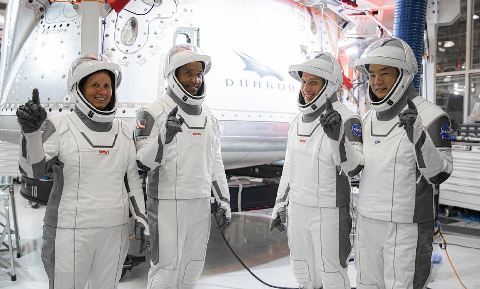 SpaceX и NASA запустили к МКС пилотируемый корабль Crew Dragon.Вокруг Света. Украина