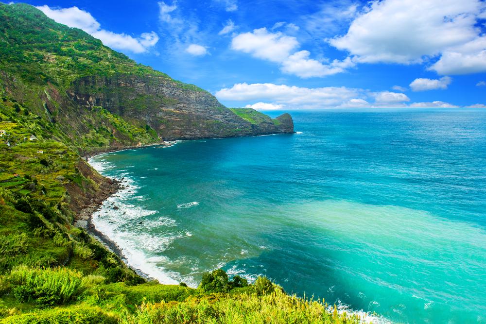 Под морским дном у побережья Гавайев обнаружили огромный запас пресной воды