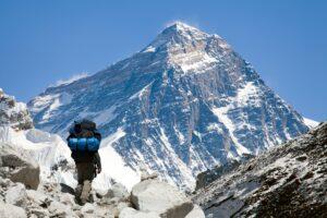 Из-за климатического кризиса на Эвересте стало легче дышать