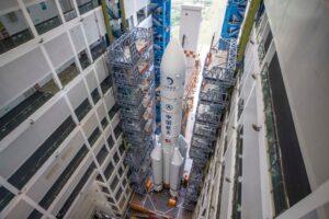 Китай запустит миссию на Луну для сбора образцов грунта