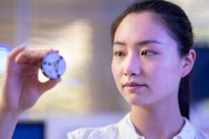 В Австралии создали алмаз за пару минут при комнатной температуре
