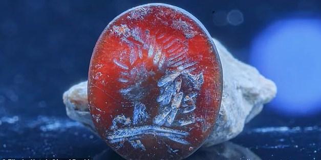 В Иерусалиме нашли яшмовую печатку с лицом Аполлона.Вокруг Света. Украина