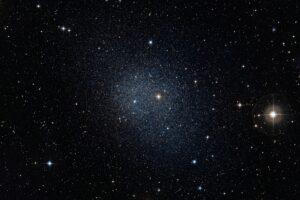 Млечный Путь заставляет выгорать соседние галактики