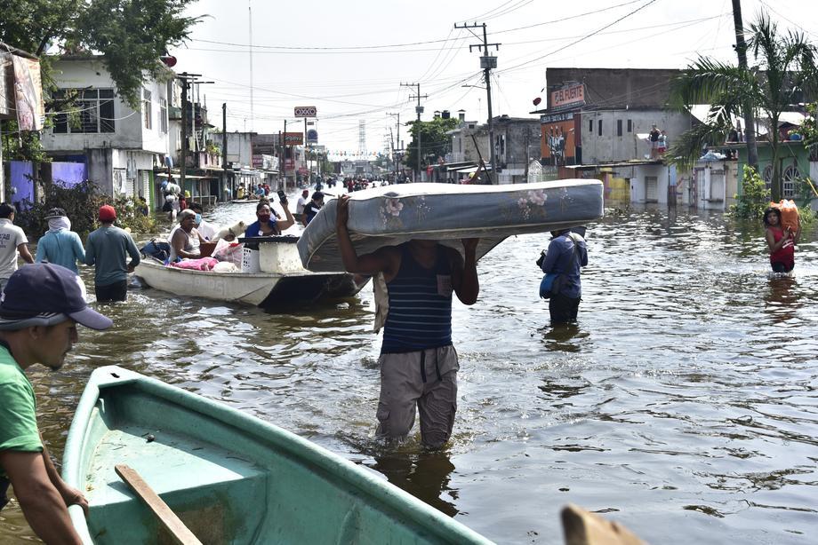 Сезон ураганов 2020 года назван самым активным в истории