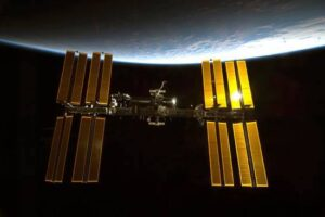 Самые запомнившиеся открытия и рекорды МКС 2020 года