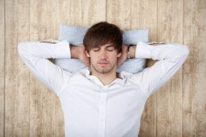 Короткий дневной сон повышает продуктивность сотрудника