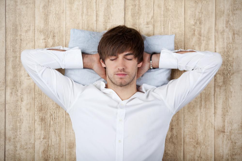 Короткий дневной сон повышает продуктивность сотрудника.Вокруг Света. Украина