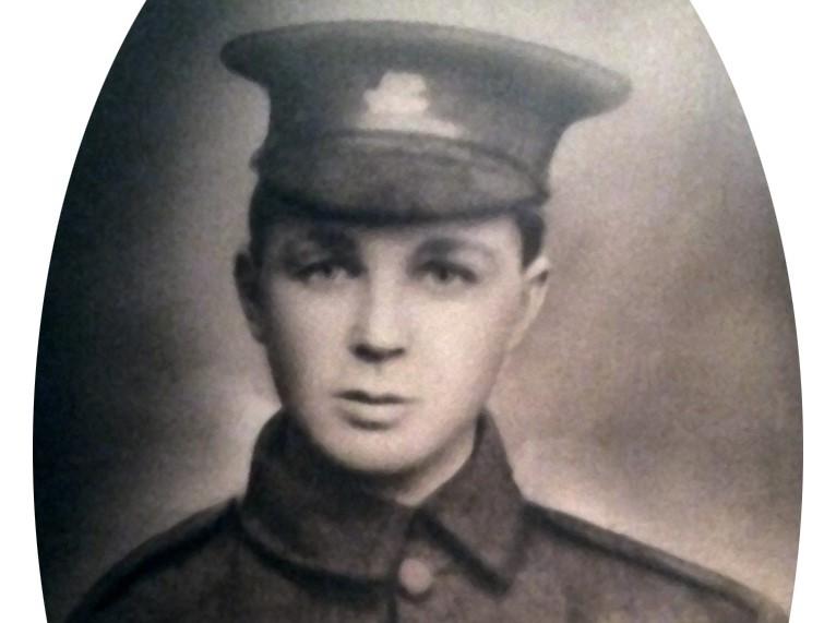 В Канаде опознали останки 16-летнего солдата Первой мировой по ДНК его 90-летней племянницы