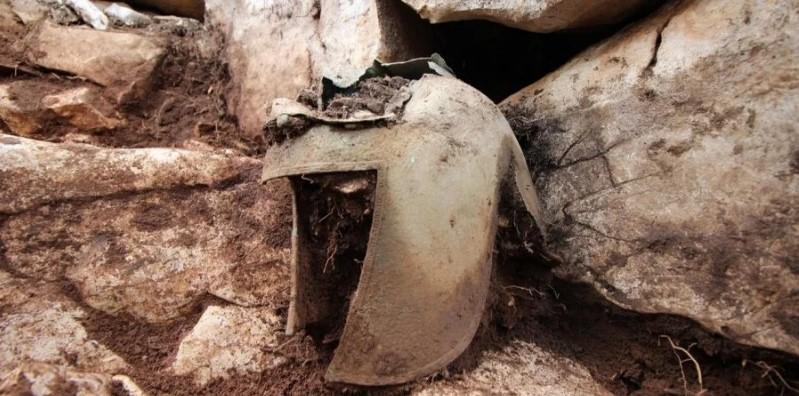 В Хорватии нашли древний бронзовый шлем