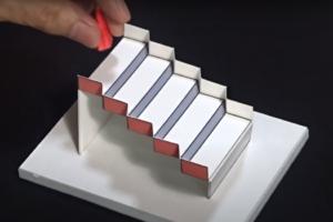 Умопомрачительная 3D-лестница стала лучшей иллюзией 2020 года