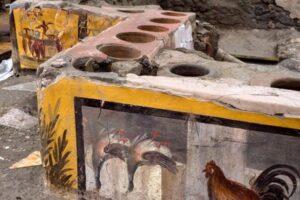 Археологи обнаружили древний магазин уличной еды в Помпеях