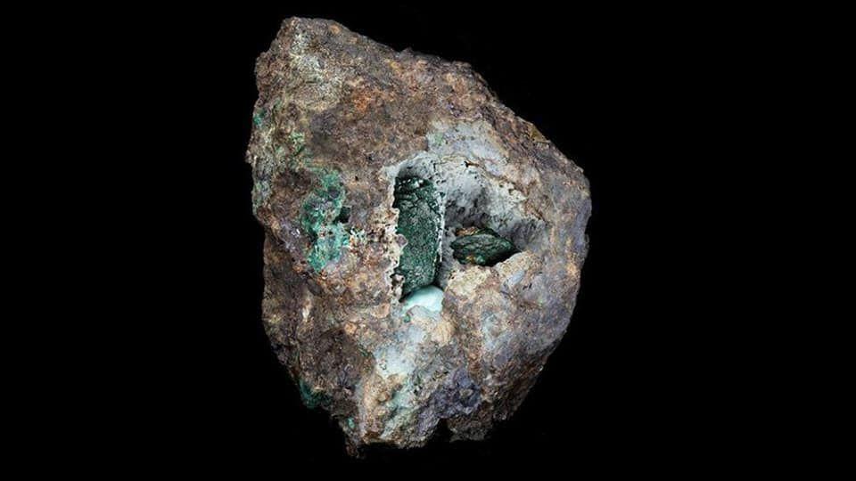 В Великобритании открыли новый вид минералов.Вокруг Света. Украина