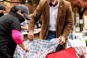 В США украли детские подарки, но люди собрали в 10 раз больше