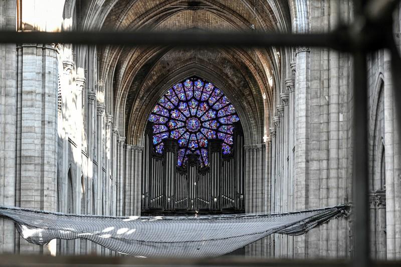 В Париже разобрали уникальный орган собора Нотр-Дам